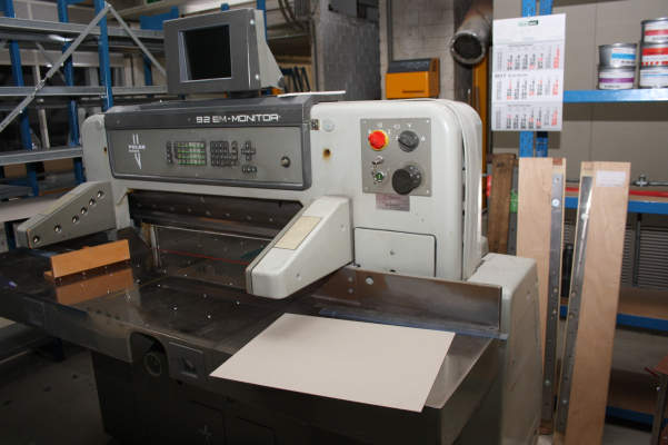 Polar 92 EM - Monitor 4804 Guillotines/Cutters Guillotines Polar 5811970