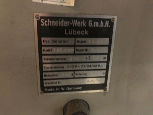 Schneider Senator 185 MC