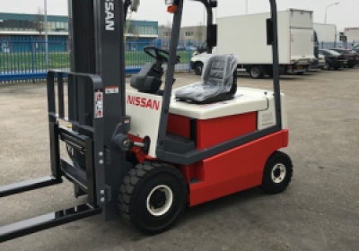 Nissan 2500 KG Electric Forklift 002L25CU 4867  Transport 17-6242 rebuild 2018