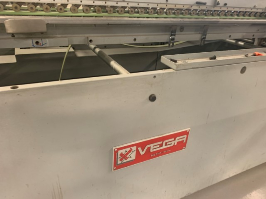 Vega 100