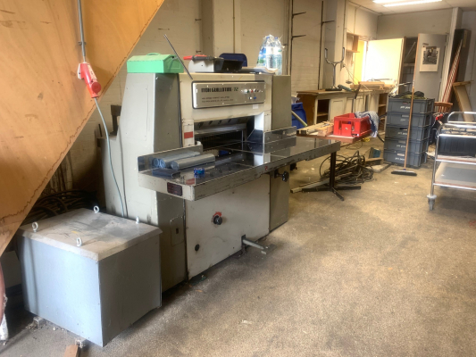 Itoh 72 5163  Guillotines