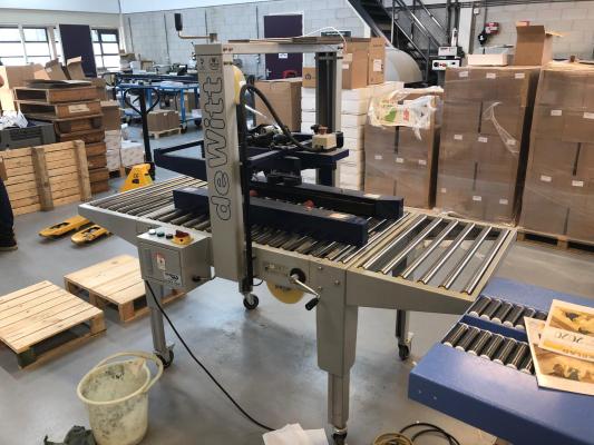 De Witt MH FJ 1 AW Box closing machine 5237  Packaging machines F082864